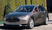 特斯拉Model X电动SUV