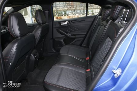三厢 1.6L 自动舒适型智行版