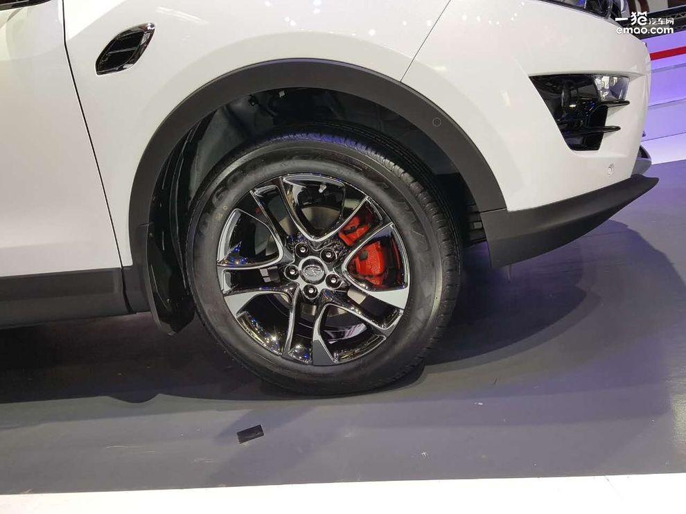 东南首款可定制车型 东南DX7黑爵饰亮相高清图片